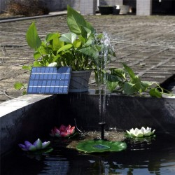 Fuente de agua solar...